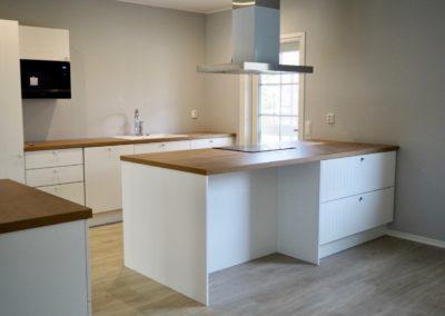 Kantojärvi 164 C keittiö